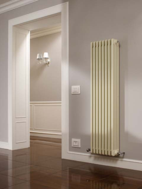 radiateur colonne essy radiateur acier radiateurs. Black Bedroom Furniture Sets. Home Design Ideas