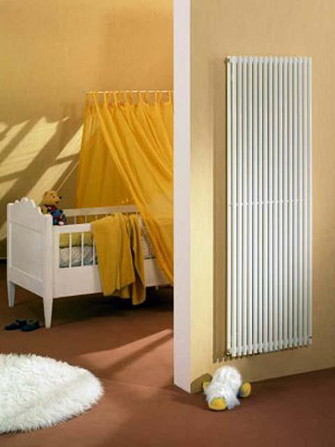 radiateur de couleur paul radiateur eau chaude radiateurs senia radiateur vertical. Black Bedroom Furniture Sets. Home Design Ideas